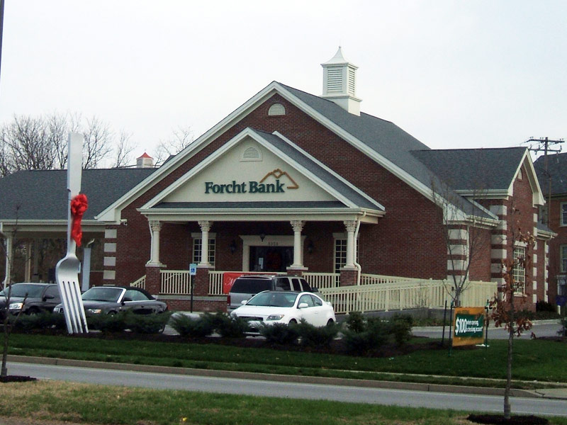 Forcht Bank, First Construction